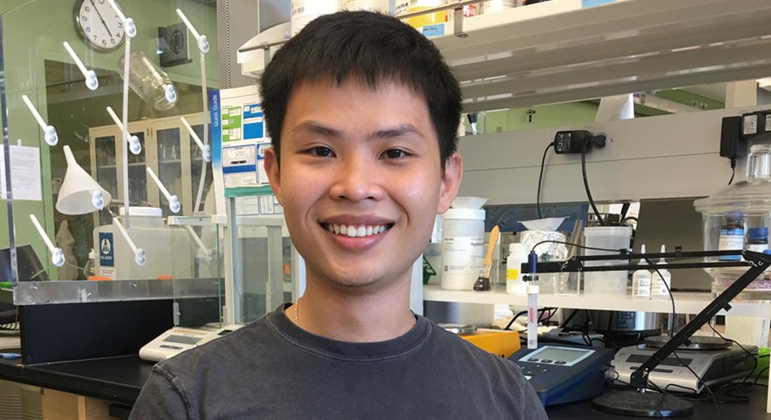 Long Nguyen in a lab.